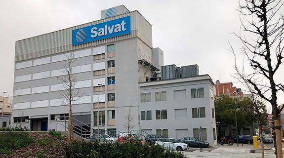 fachada laboratorios salvat